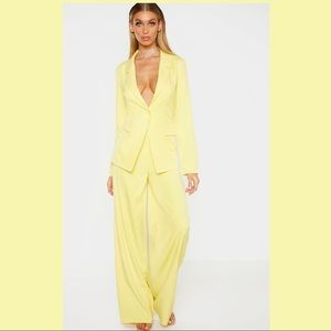 NWT Pretty Little Thing Yellow 2pc Pantsuit Size 8